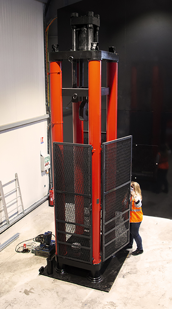 vertical testing bench 300 tons